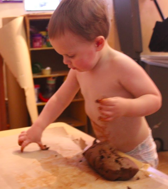 Clay play! Parker loves to get his hands on anything sensory and messy. We love his hands on attitude and eagerness to learn in the 2A classroom!