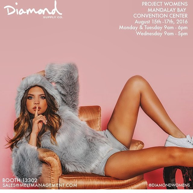 Vegas, what's up🙌🏼come by the booth @diamondwomens 💎💎💎💎💎💎 #SS17 #projectwomens #lasvegas #diamondsupplyco