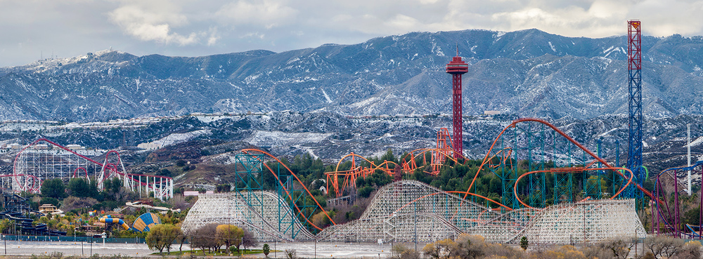 Magic-Mountain-Santa-Clarita.jpg