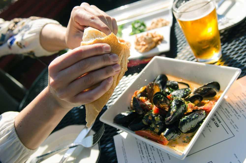 Tavern Mussels