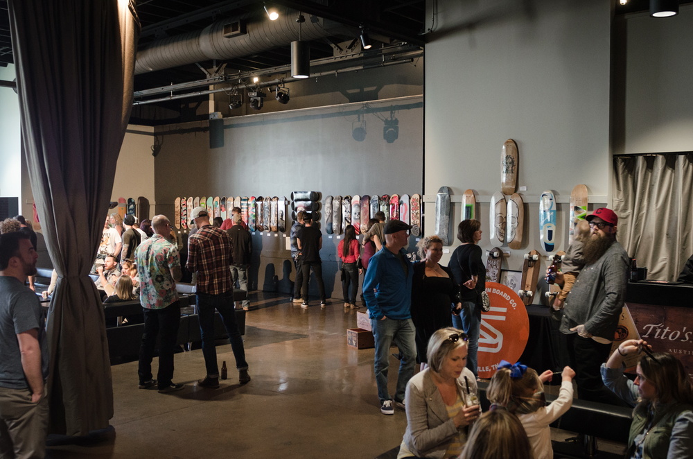 Dog lovers united on Sunday for Art Goes Alternative, benefiting the Tiny But Mighty Fund.