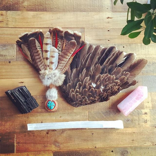 Sacred Tool Box. Loving these traditional healing allies. #jenkatketherapy #healinghearts #featherwand #sacredtools #therapysf