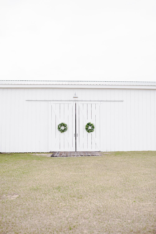 rosie-creek-farms-florida-alabama-barn-wedding-kiersten-taylor-dothan-panama-city-30a-destin-photographer-8.jpg