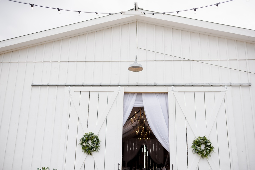 rosie-creek-farms-florida-alabama-barn-wedding-kiersten-taylor-dothan-panama-city-30a-destin-photographer-12.jpg