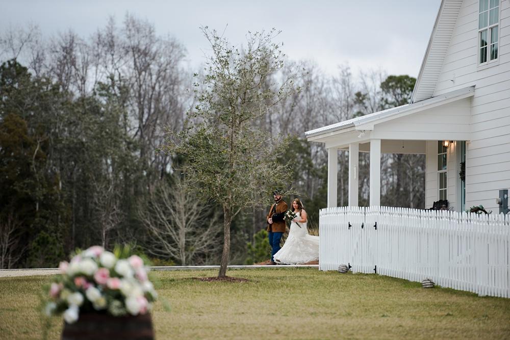 rosie-creek-farms-florida-alabama-barn-wedding-kiersten-taylor-dothan-panama-city-30a-destin-photographer-38.jpg