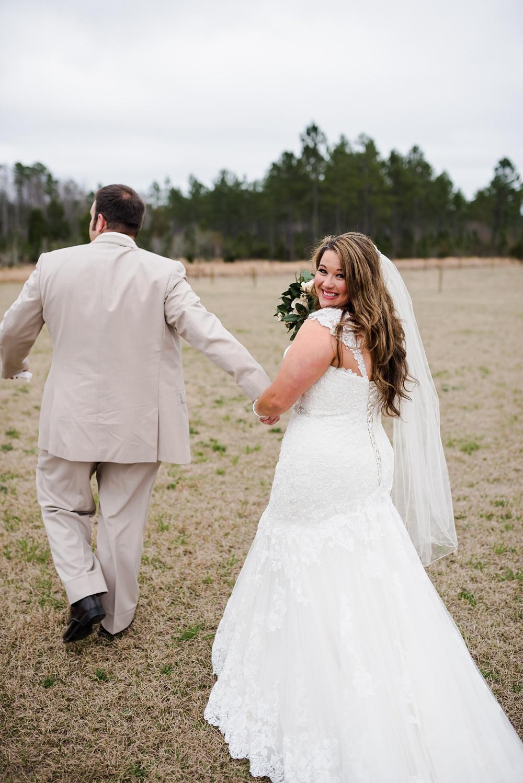 rosie-creek-farms-florida-alabama-barn-wedding-kiersten-taylor-dothan-panama-city-30a-destin-photographer-70.jpg