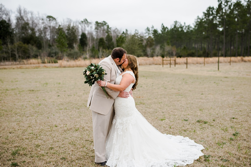 rosie-creek-farms-florida-alabama-barn-wedding-kiersten-taylor-dothan-panama-city-30a-destin-photographer-72.jpg