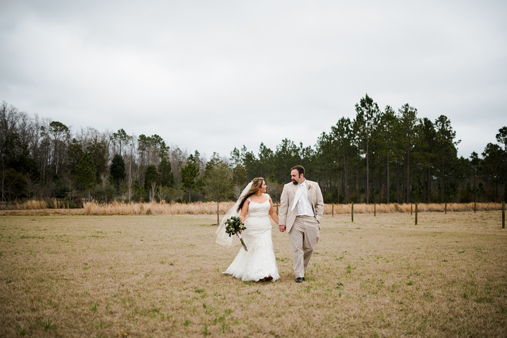 rosie-creek-farms-florida-alabama-barn-wedding-kiersten-taylor-dothan-panama-city-30a-destin-photographer-82.jpg