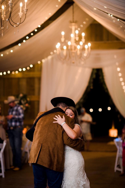 rosie-creek-farms-florida-alabama-barn-wedding-kiersten-taylor-dothan-panama-city-30a-destin-photographer-170.jpg