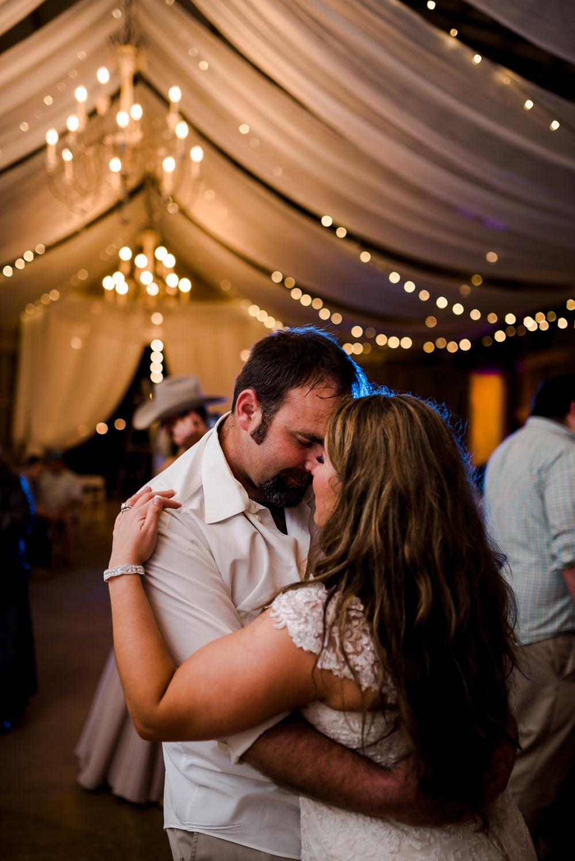 rosie-creek-farms-florida-alabama-barn-wedding-kiersten-taylor-dothan-panama-city-30a-destin-photographer-201.jpg