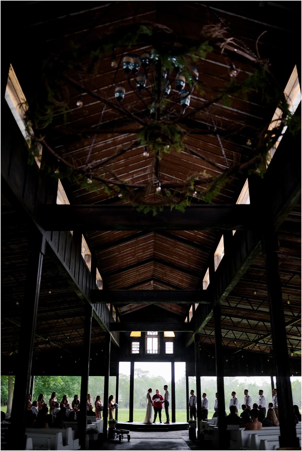 the-barn-at-wateroaks-circus-florida-wedding-photographer-kiersten-stevenson-photography-90.jpg