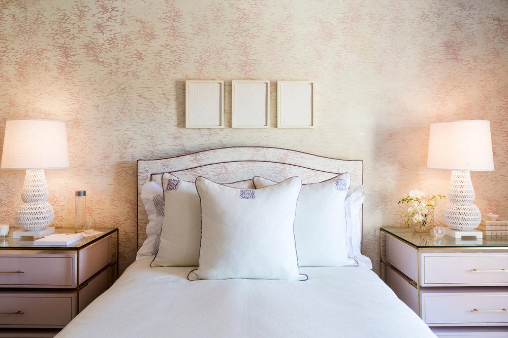 ripple in light mauve bed1500 .jpeg