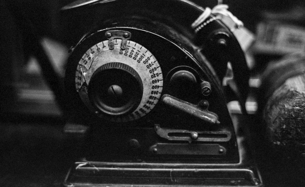 20 Aug 2016, Vintage Check Printer, Country Antique Fair Mall, Santa Clarita, CA, Kodak Tr-X 400, Canon EOS-1, Developed (D-76) and Scanned by me.