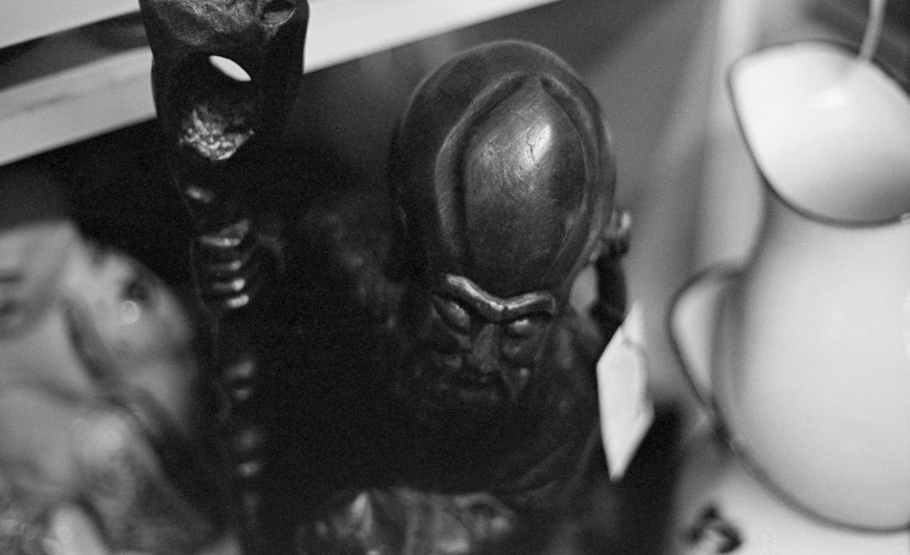 20 Aug 2016, Asain(?) wooden statue, Country Antique Fair Mall, Santa Clarita, CA, Kodak Tr-X 400, Canon EOS-1, Developed (D-76) and Scanned by me.
