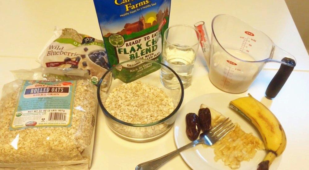 oats, bloobs, chia/flaxseed blend, water, nut milk, banana, dates