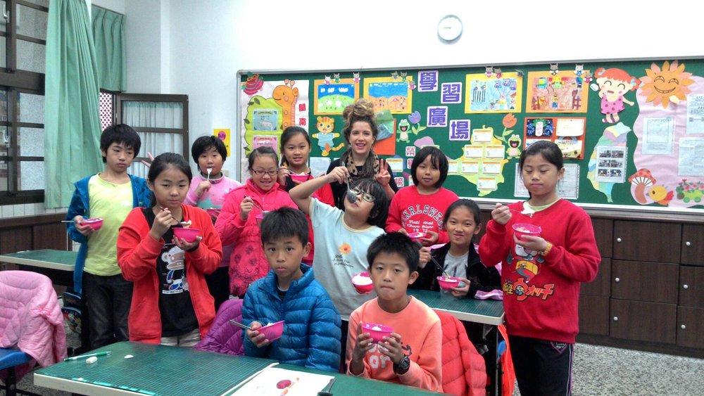 古寧國小 Amy mashed potatoes_5th grade.jpg