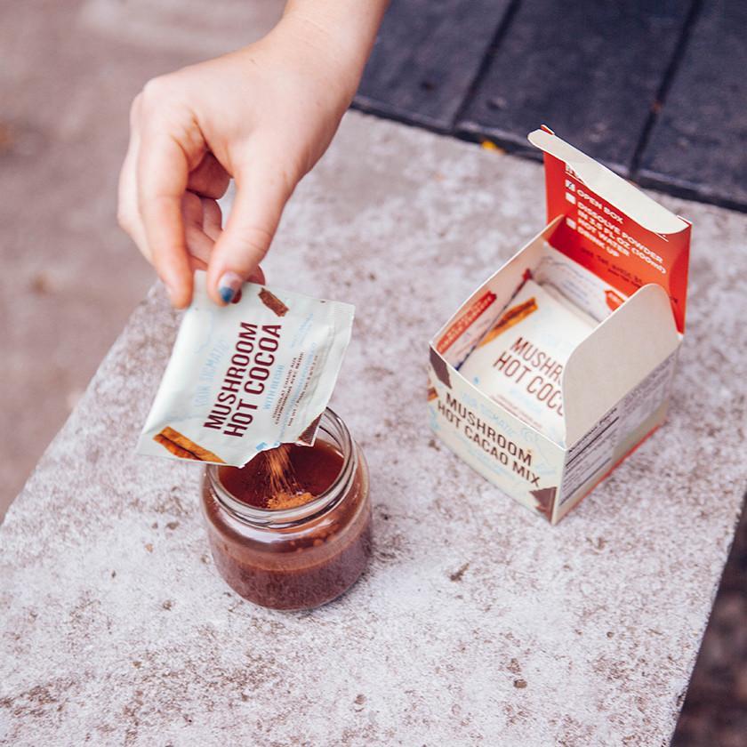 reishi-hot-cacao-2_1024x1024.jpg