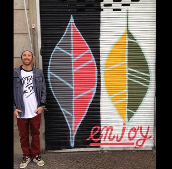Pat-Milbery_Shutter-Installation_Enjoy_Carabela-Cafe_Barcelona_Street-Art.jpg