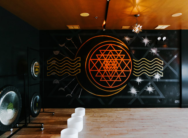 Pat-Milbery_Anatomy-Redefined_Sound-Bath_Gongs_Sri-Yantra_Geometric_Moon_Stars_Sound-Waves_Indoor-Installation_Street-Art_Mural_Chicago.jpg