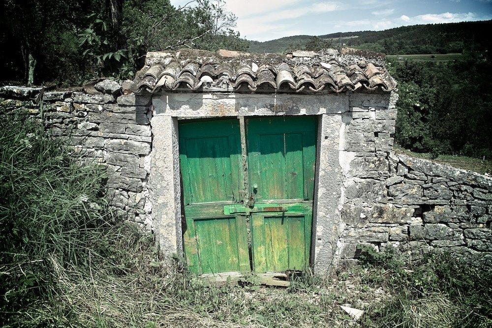 Green Doors, Pazin