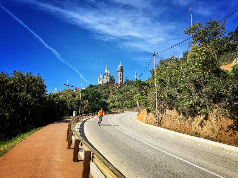 Approaching the top of Tibidabo 🐧🎢