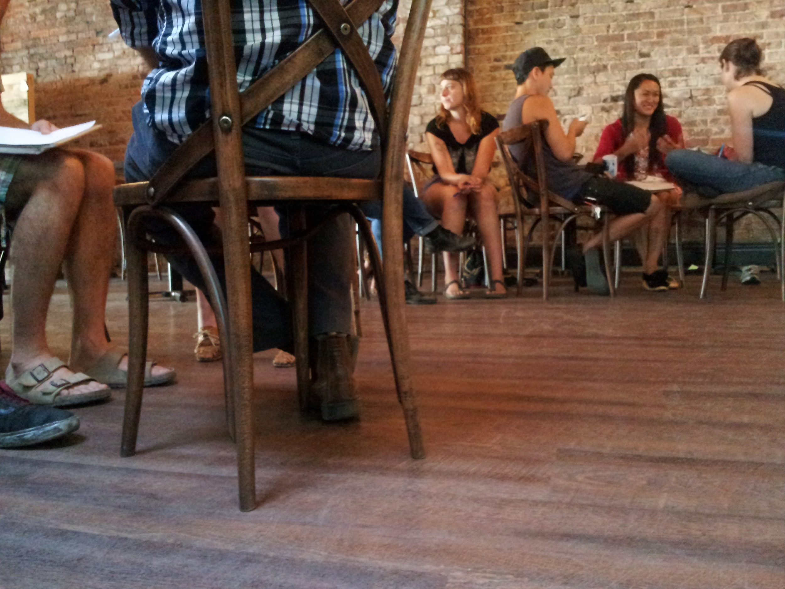 cafe feet