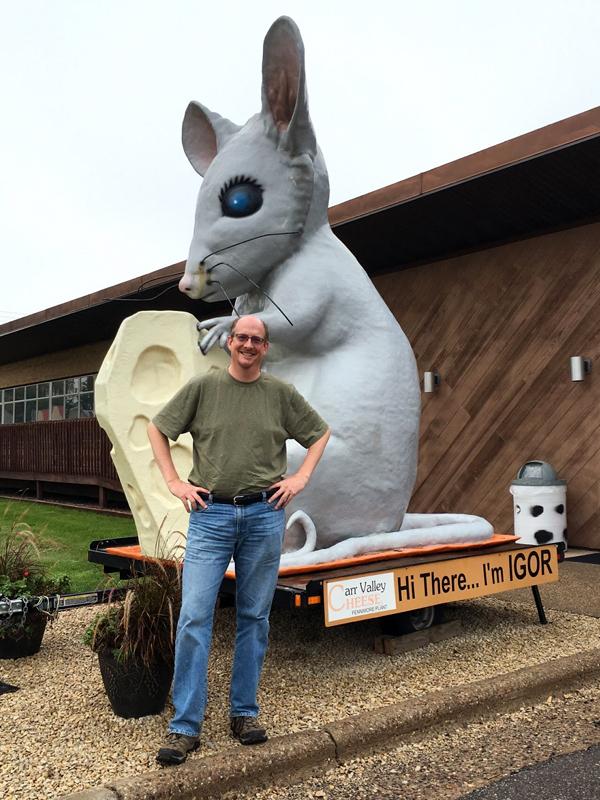 IGOR the Giant Mouse