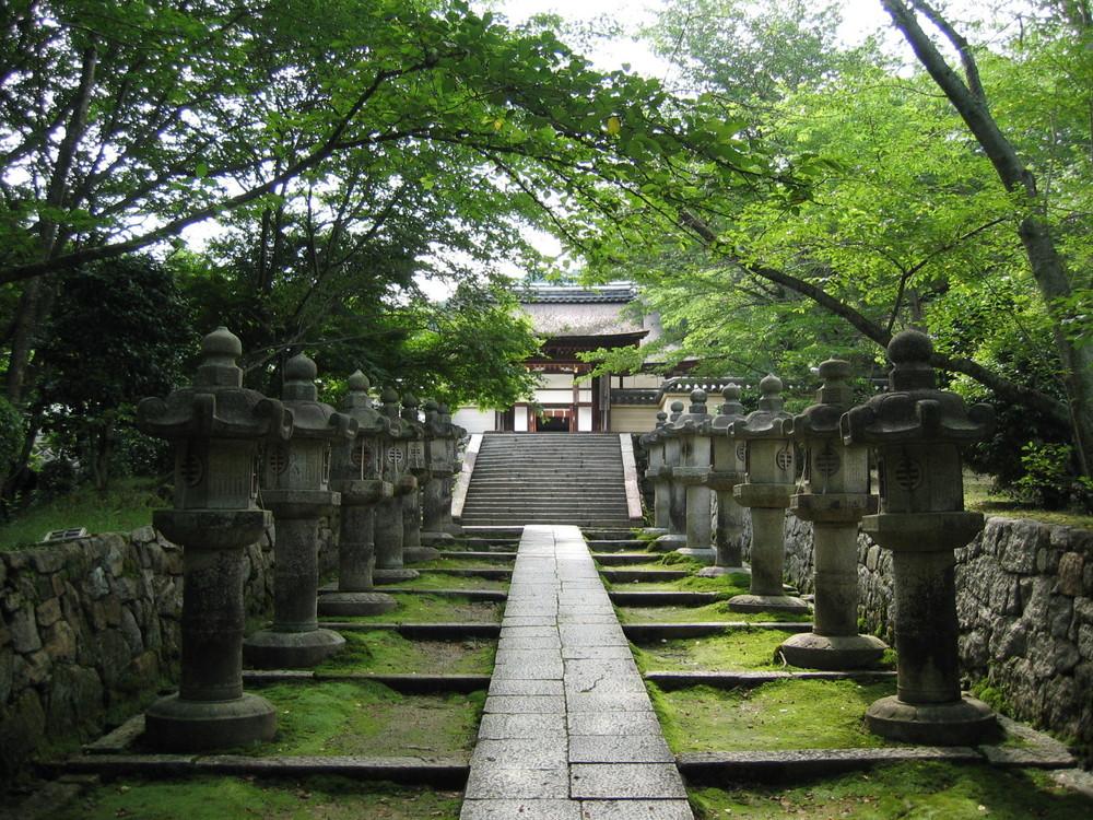 miidera green path.JPG
