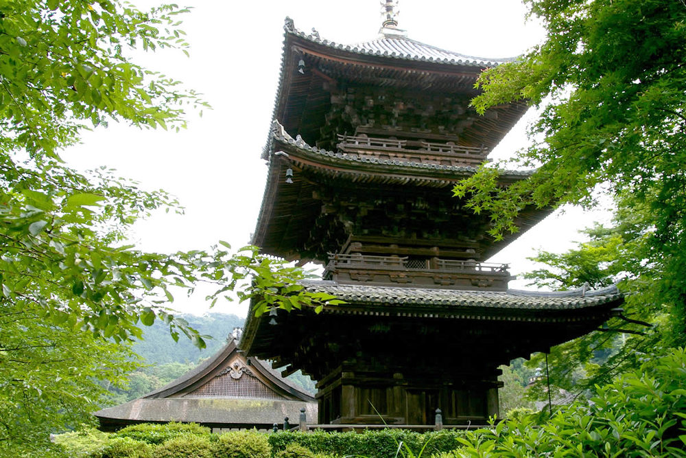 miidera pagoda.jpg