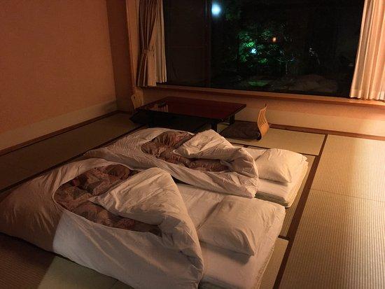 stanza-ryokan-con-futon.jpg
