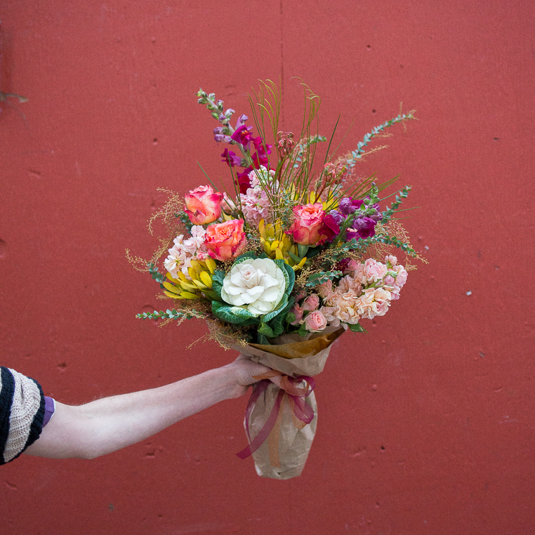 medium flower bouquet subscription