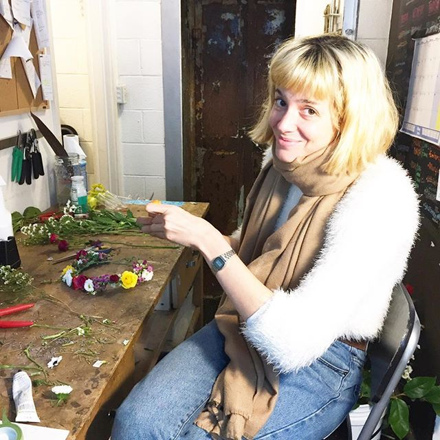 The fun doesn't stop on the weekends. Our floral designer @em_elena.mencarelli is creating more blooming crowns 💐🌸🌻 . . . . #flowersofinstagram #sanfranciscolove #missiondistrict #missiondistrictsf #themission #missiondeflores #mission #sf #flower_daily #flowercrown #flowercrowns #sfmission #Sfmissiondistrict #sfgirl #sfpeople