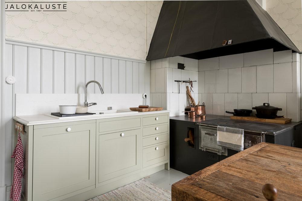 Sarlotta keittiö3- Jalokaluste.jpg