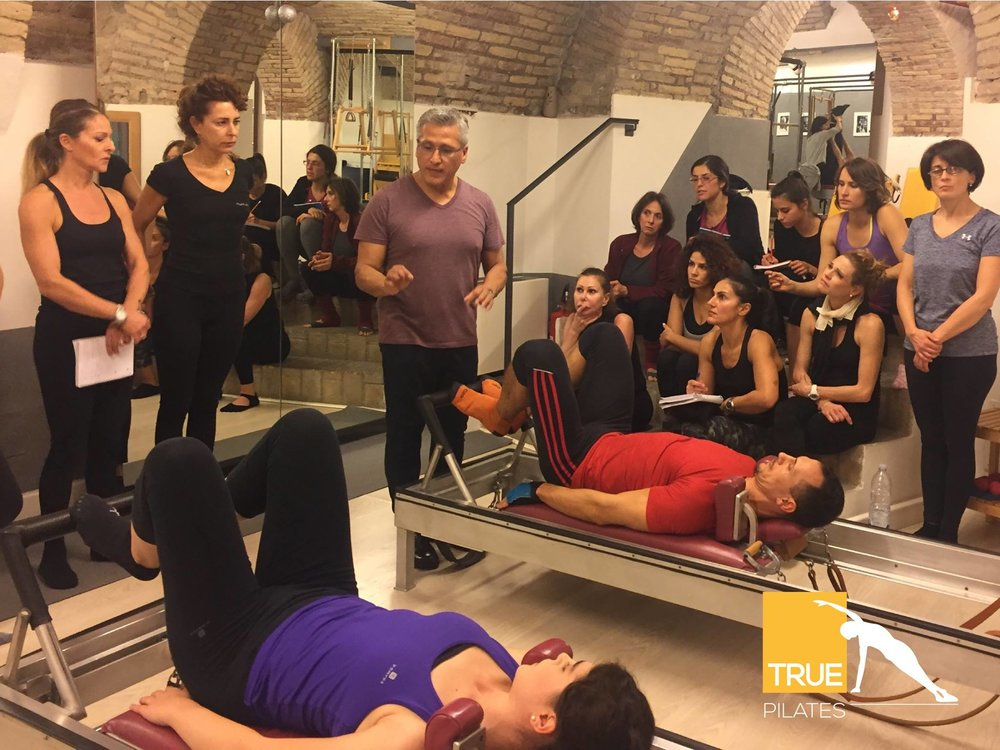 5-worshop-pilates-con-moses-urbano-working-with-different-body-types.jpg