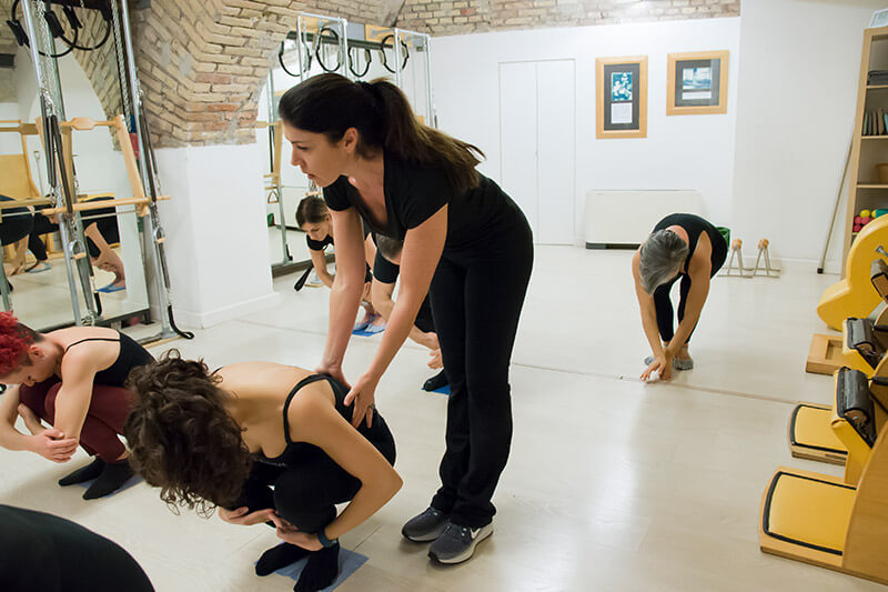 4-true-pilates-vertical-mat.jpg