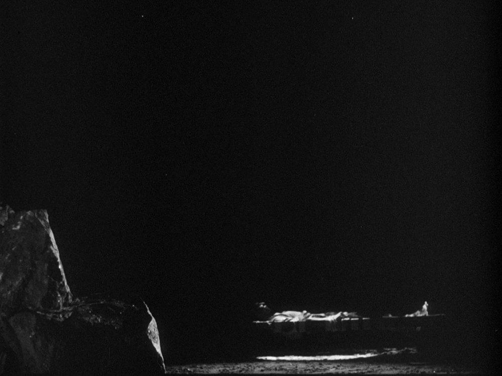 The Pit - 1962 - Edward Abraham.mkv_snapshot_11.36_[2018.03.18_23.35.41].jpg