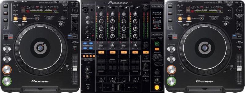DJ   Apparatuur  Pioneer DJM800DJ Mixer Pioneer DJM900-NEXUSDJ Mixer Pioneer CDJ1000 Mk3 Pioneer CDJ2000 (-NEXUS)