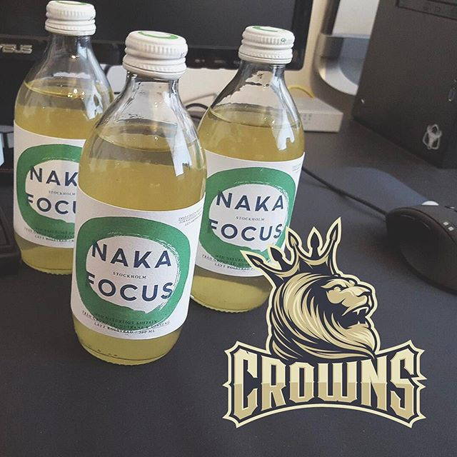 E-sports players need focus too! We are happy to sponsor @crownsgg with some bottles. #nakafocus #energydrink #glhf #csgo #counterstrike #hearthstone #esports #crownsgg