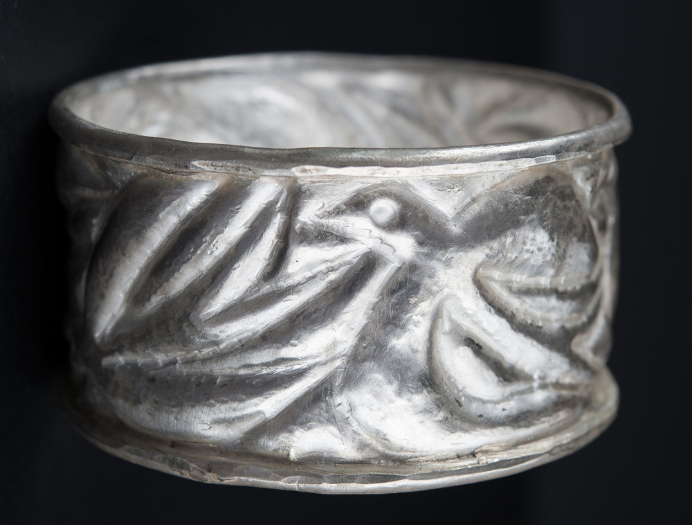 Guy Royle - Silver Bird Pounced Bangle