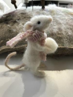 Needlefelt a mouse 300 x 400.jpg