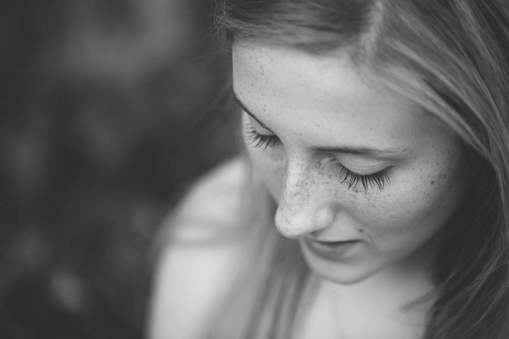 Michigan-senior-Photographer-Light-Garden-Photography-3.jpg