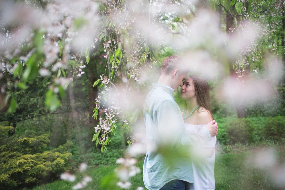 Michigan-Engagement-Photographer-Light-Garden-Photography-18.jpg