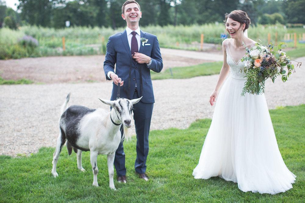 Michigan_Wedding_Photographer_Light_Garden_Photography_52.jpg