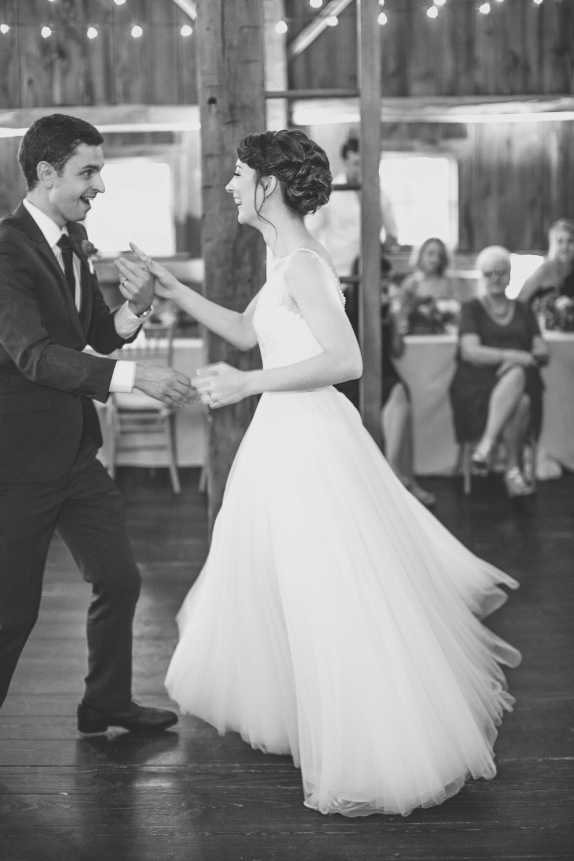 Michigan_Wedding_Photographer_Light_Garden_Photography_1.jpg