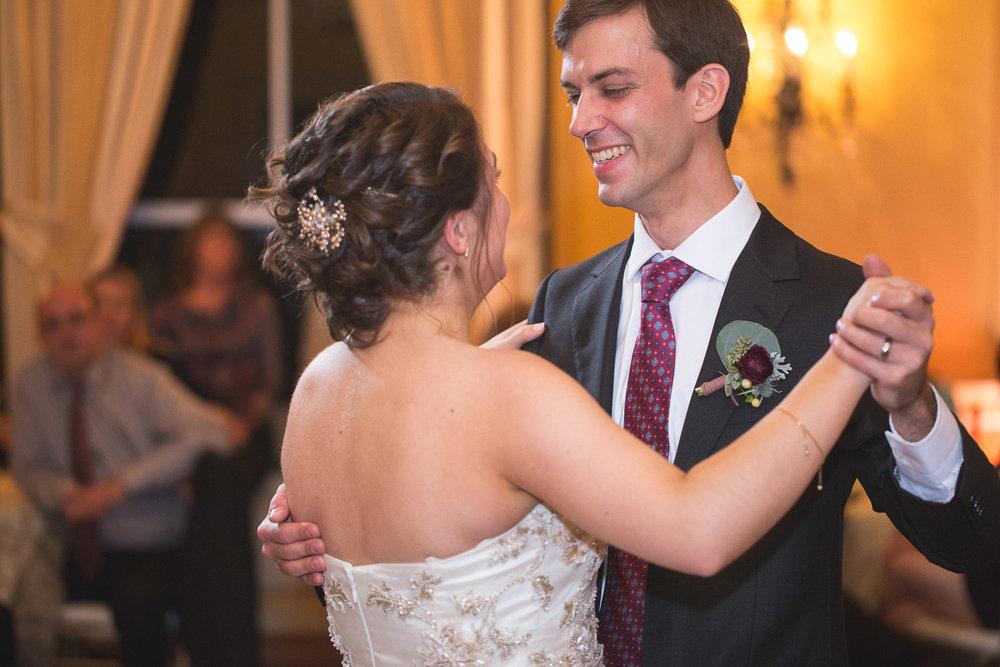 Michigan-Wedding-Photographer-Light-Garden-Photography-108.jpg
