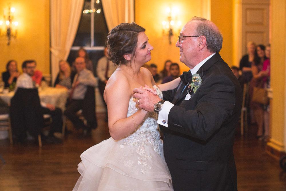 Michigan-Wedding-Photographer-Light-Garden-Photography-110.jpg
