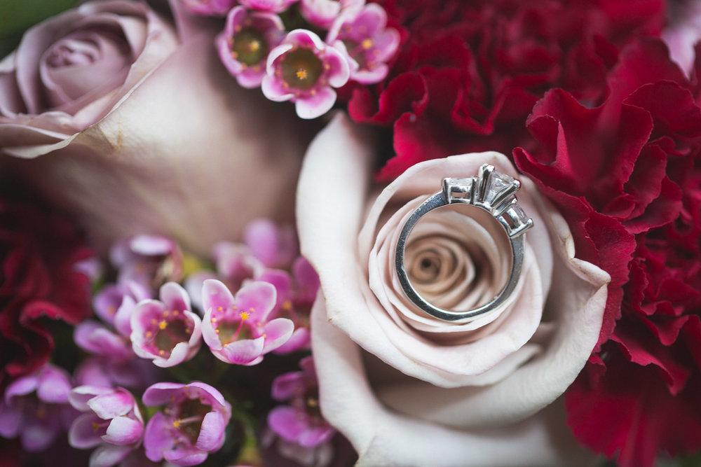 Michigan-Wedding-Photographer-Light-Garden-Photography-26.jpg