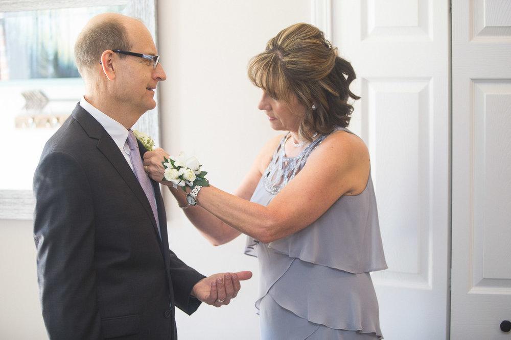 Michigan-Wedding-Photographer-Light-Garden-Photography-13.jpg