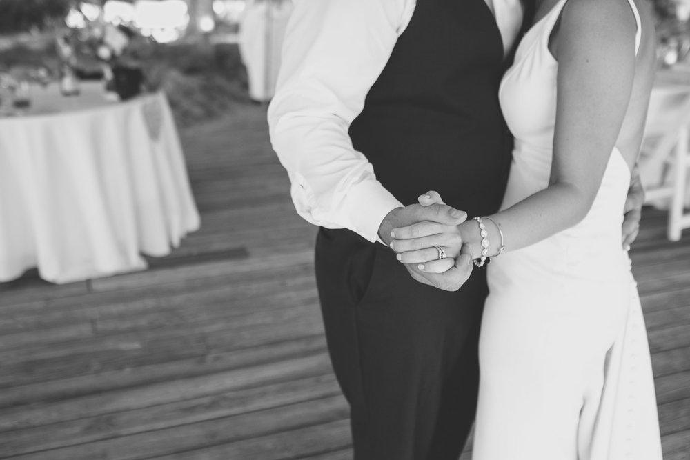 Michigan-Wedding-Photographer-Light-Garden-Photography-96.jpg
