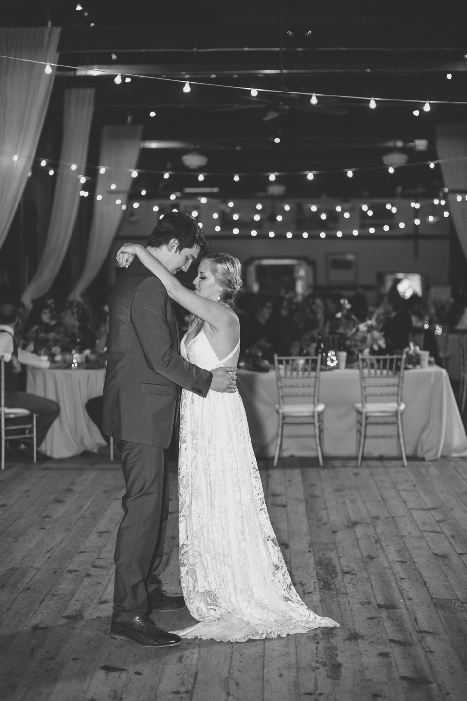 Detroit-Wedding-Photographer-Light-Garden-Photography-64.jpg